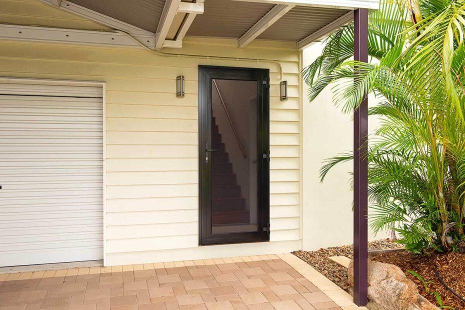 Hinged Door External